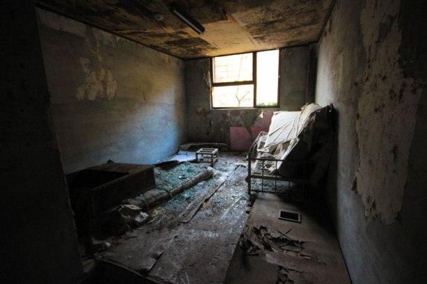 old_mental_hospital_04