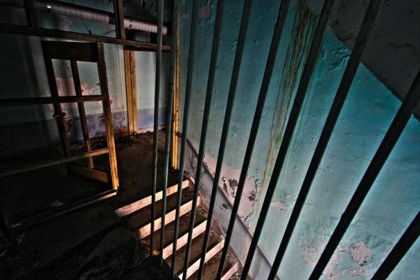old_mental_hospital_09