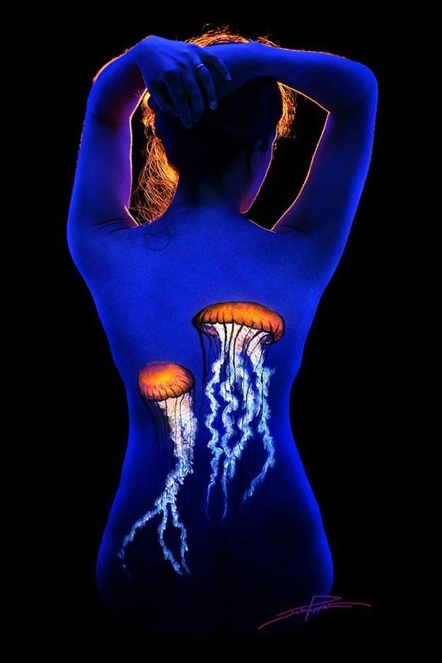 John Poppleton S Black Light Uv Body Painting Art 8 Pics