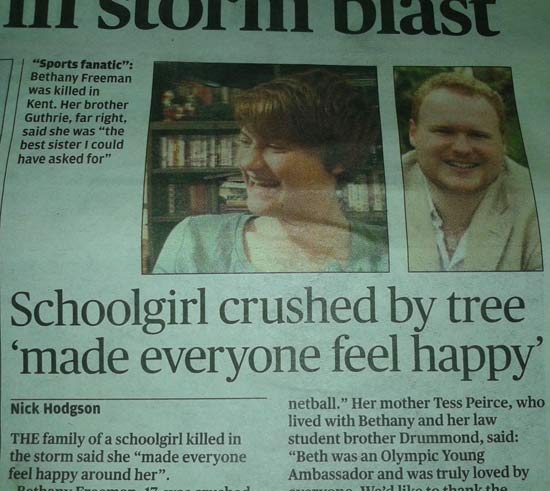 crushed-by-tree-newspaper-fails
