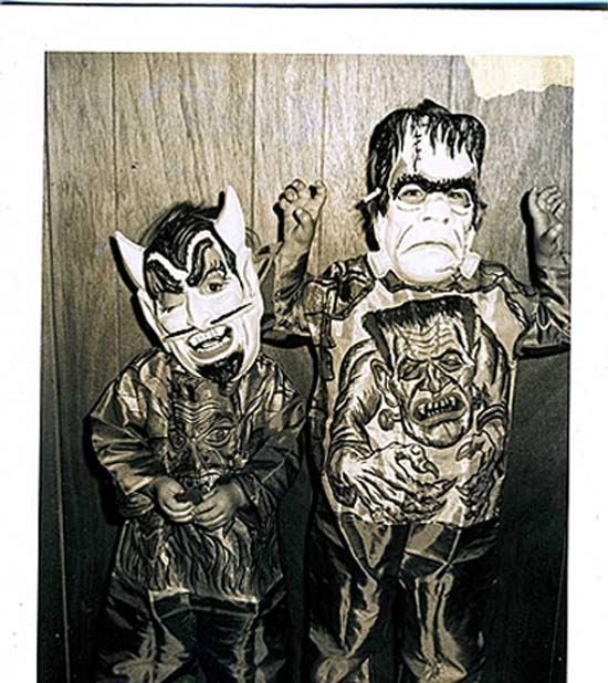 devil-and-frankenstein-trick-or-treaters