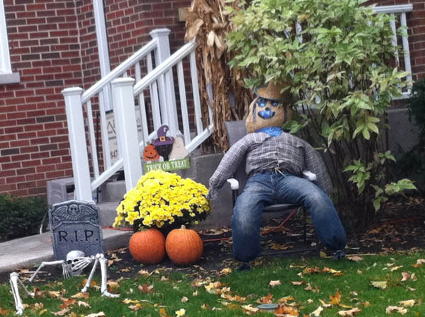 Epic-Halloween-Decorations-10