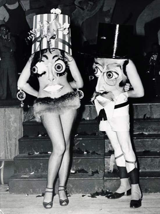 incredibly-bizarre-vintage-halloween-costumes-10