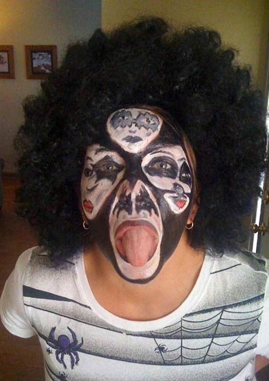kiss-faces-on-face-halloween-costume