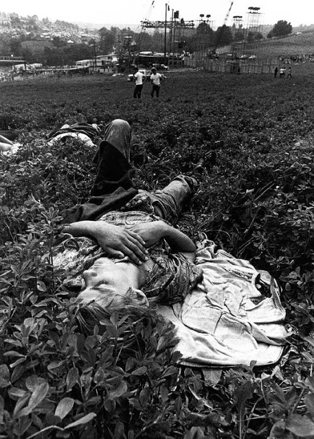 Photos-of-Life-at-Woodstock-1969-21