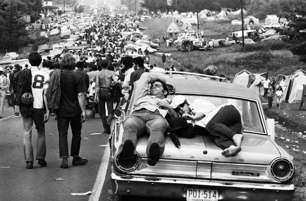 Photos-of-Life-at-Woodstock-1969-26