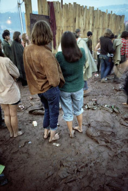 Photos-of-Life-at-Woodstock-1969-46