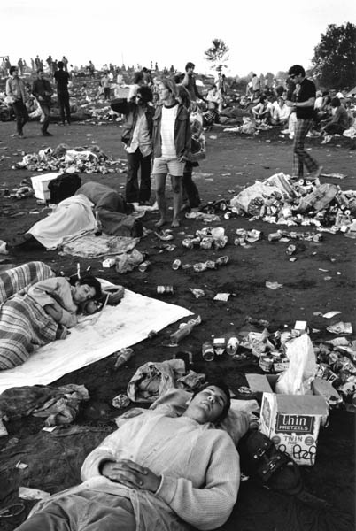 Photos-of-Life-at-Woodstock-1969-56