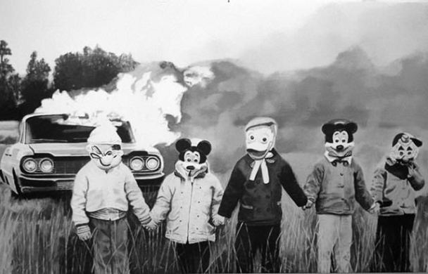vintage-halloween-costumes-car-burning