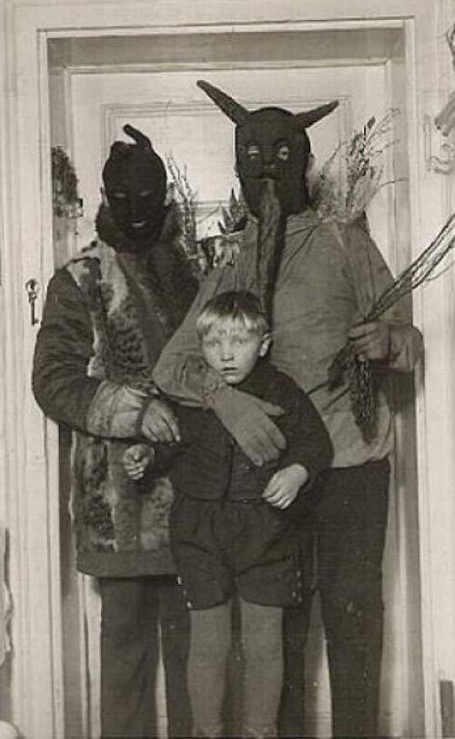 vintage-halloween-costumes-goblins