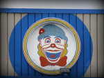 clown-at-joyland-abandoned-amusement-park-photographed-by-jimsawthat-via-buzzfeed